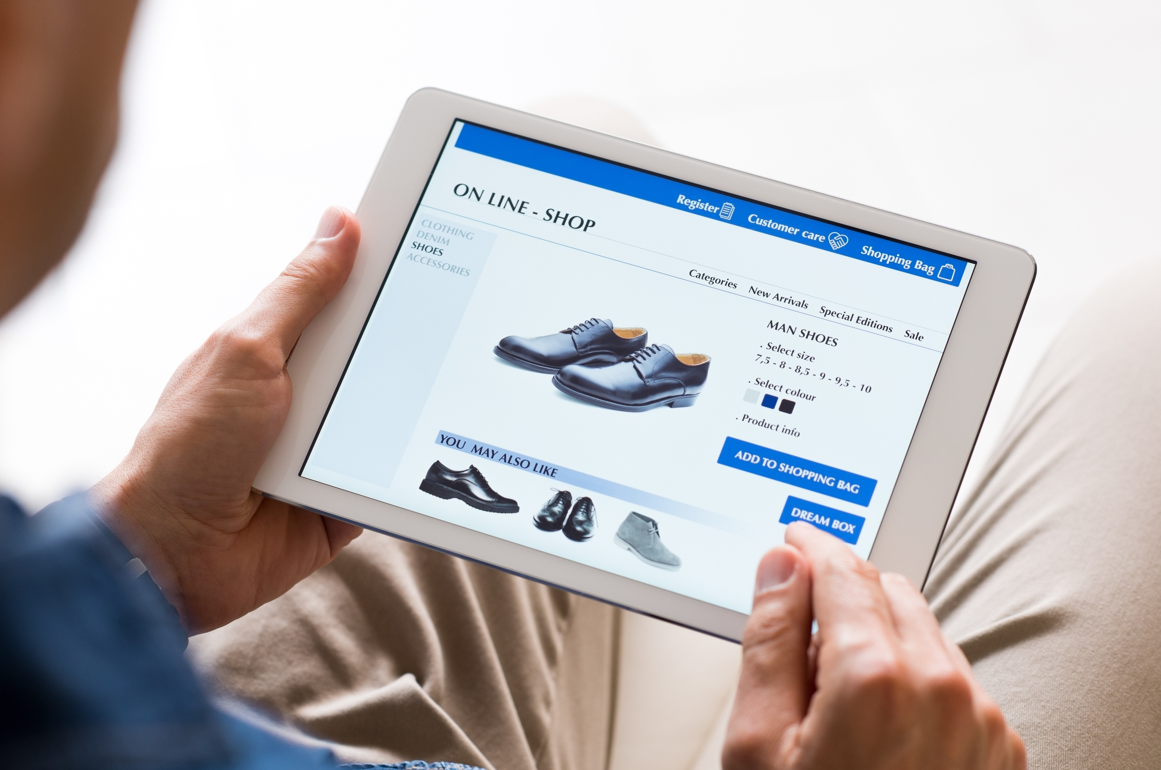 The Difference between Multichannel, Omnichannel and Unified Commerce.jpg